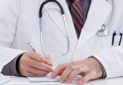 Outubro Rosa: quem é o médico que enxerga o câncer de mama?